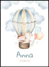 Superbe affiche d'un lapin en montgolfière. Ce poster est réalisé en effet aquarelle et est personnalisable avec le prénom de votre enfant.