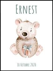 Affiche ourson avec un cadeau de style aquarelle à associer à nos affiches animaux dans une chambre enfant.